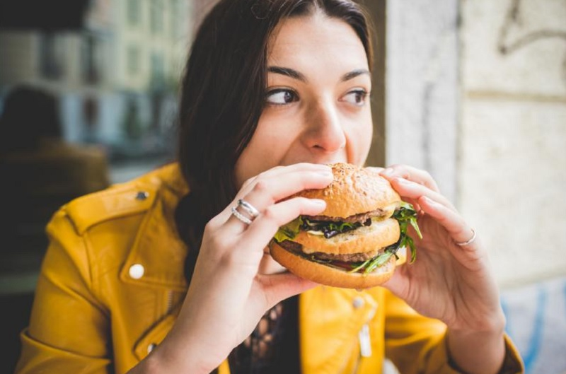 4 поради як заставити себе не переїдати