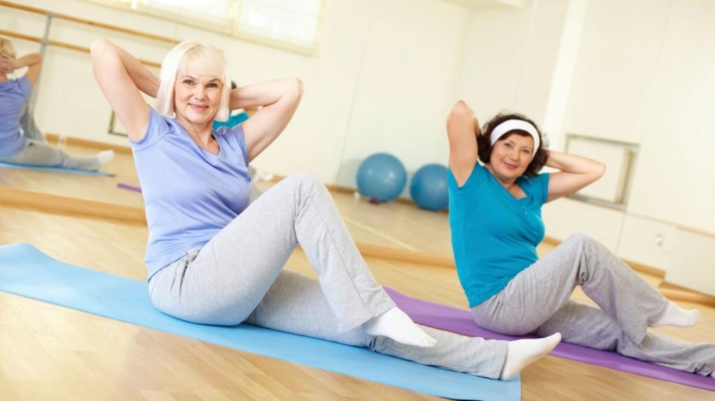 Чи корисно займатися фітнесом в літньому віці