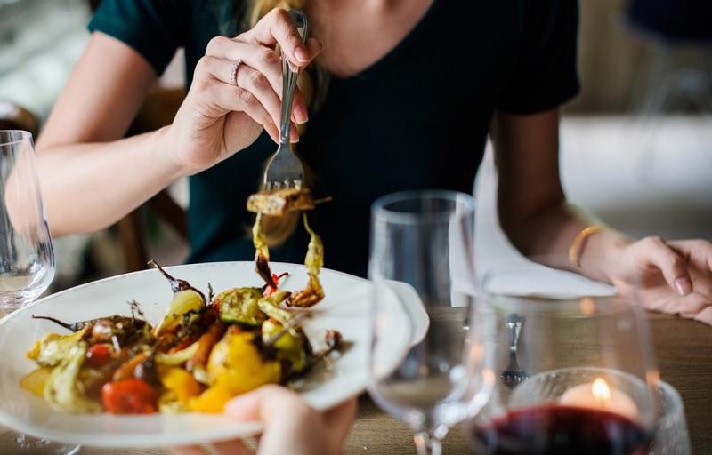 Пізня вечеря - що з'їсти, щоб схуднути