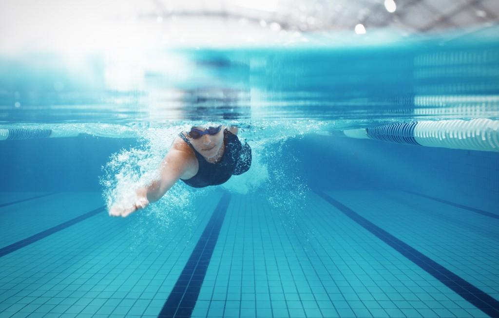 Як плавати в басейні щоб схуднути