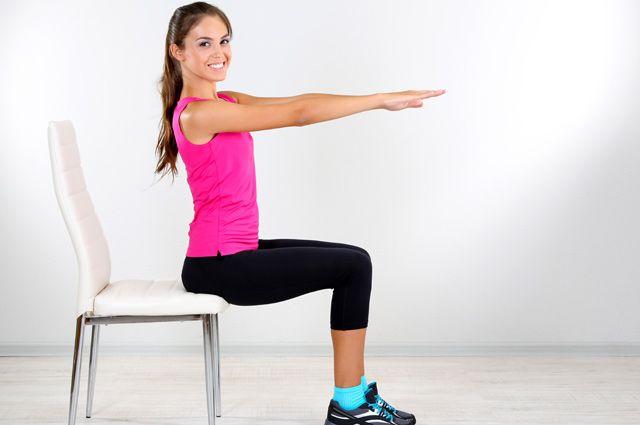 Гімнастика зі стільцем