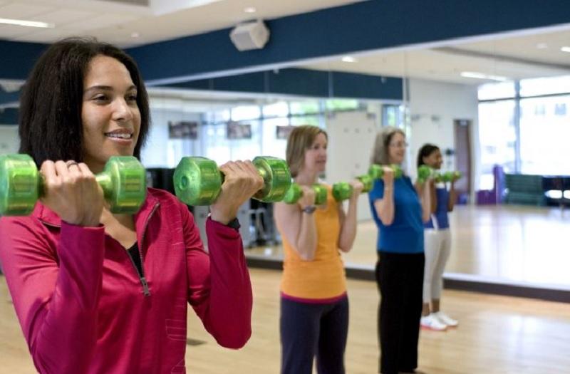 Вправи, з якими ви забудете про жир на руках вже за тиждень (відео)