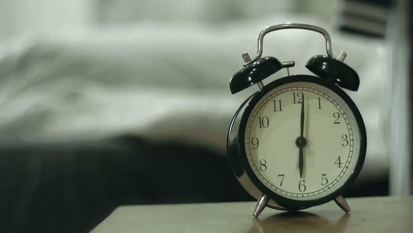 7 способів вставати раніше
