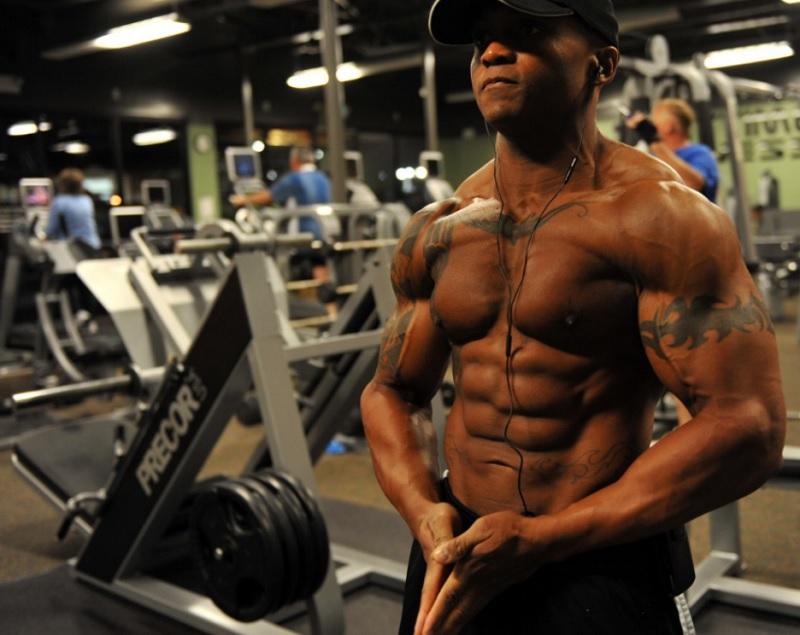 5 звичок, які допоможуть вам набрати м'язову масу