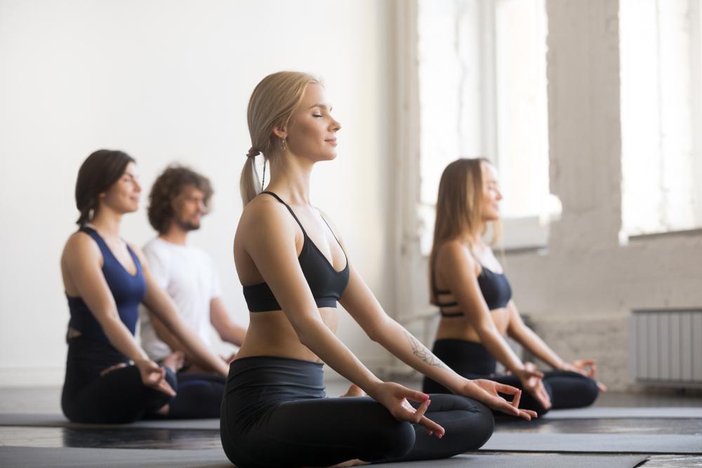 Як йога допомагає худнути