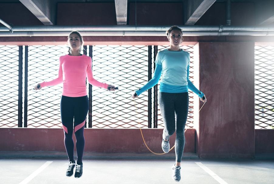 Як стрибати на скакалці, щоб схуднути
