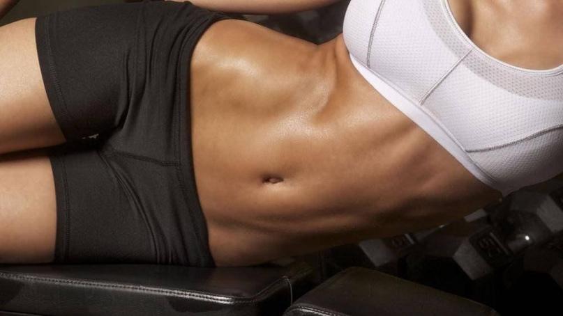 Чому жир відкладається на животі?